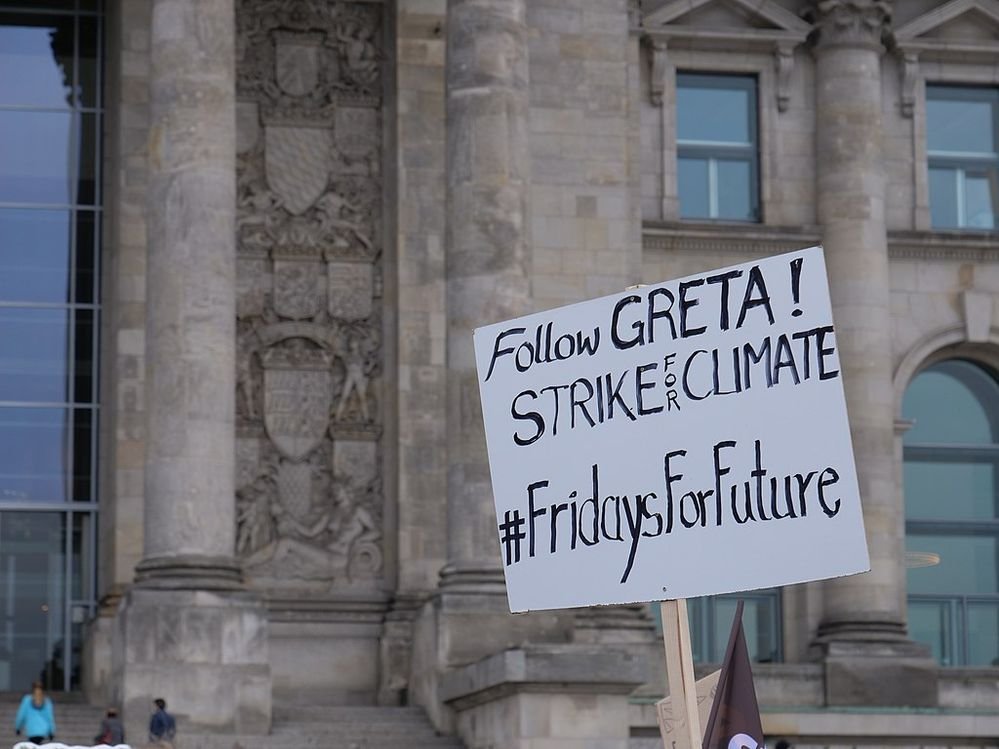 351183_1024px-_FridaysForFuture__protest_Berlin_14-12-2018_17.jpg