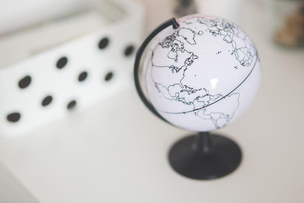 globe-791596_1920.jpg